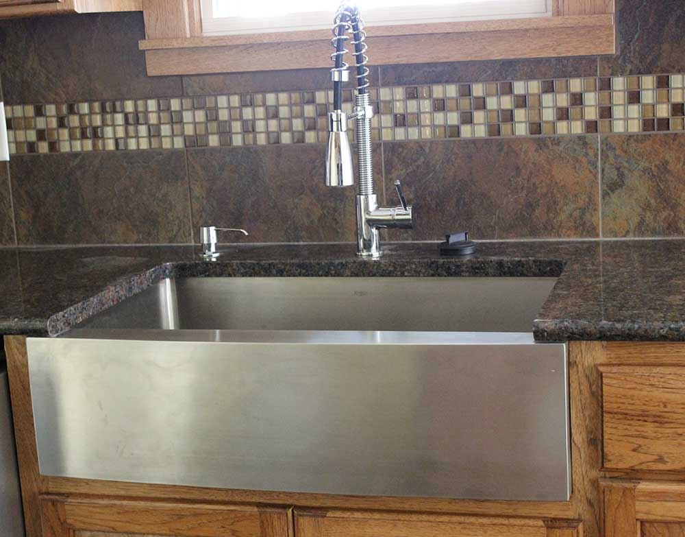 farmer sink-apron sink-hickory cabinets
